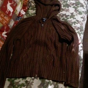 American Eagle zip up sweater
